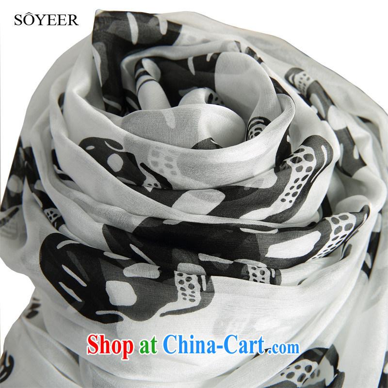 Europe SOYEER big white skull silk scarf 100 ground long sauna silk silk scarf spring girls scarf shawl recommended size 200 _ 130 CM